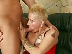 Naughty old bitch getting fucked hard