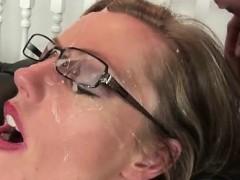 Mature brit gets facialized