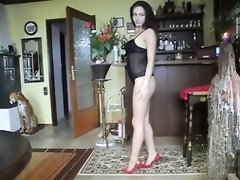 ANAMARIA UNCLOTHING TO GET HIS MAN MEAT