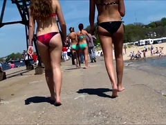 Beach voyeur finds delightful amateur teens in sexy bikinis