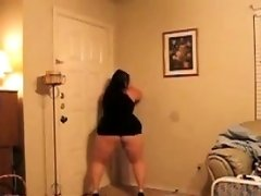 Fat Woman Dances And Teases Her Booty