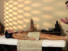 Very tricky massage motel of horny masseur