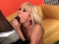 Slutty housewife blows black shaft on knees