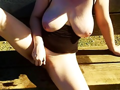 Amateur wife masturbates on hike
