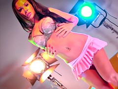 hollywood movie lights solo with kirsten price