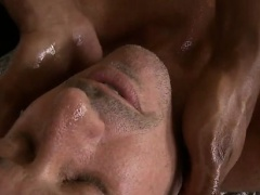 Oral-job from gay masseur