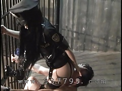 Slave will cunnilingus for the mistress.