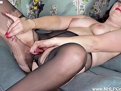 horny milf rips her black pantyhose and wanks wet pink pussy