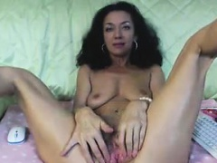 Beautiful Amateur Girlfriend 3 Finger Fucks Her Pussy