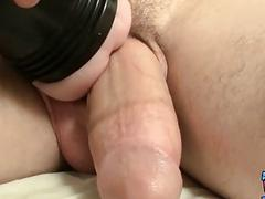 Solo dude fucking a fleshlight until a splashing ending