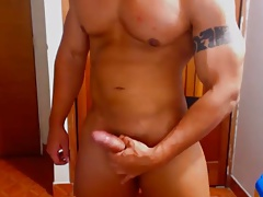 Str8 romanian young bodybuilder stroke