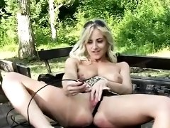 See inside a wet pussy by TJgirls