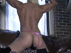 Masked Muscle Girl Plays With Her Big Clit