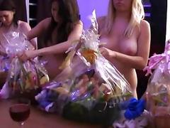 Mindblowing orgy session with lesbo sweethearts