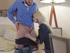Uma Sex and Victoria Puppy share a cock