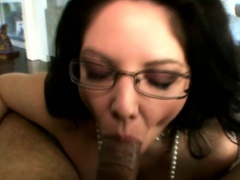 Classy mature housewife loves gagging