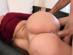 Fat booty busty latin MILF Julianna Vega