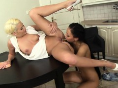 Lesbian pees in hos mouth