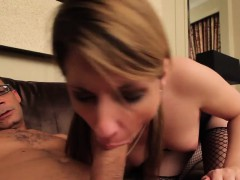 Dick drives in tranny's darksome hole