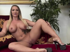Nicole Aniston wears stockings while fucking