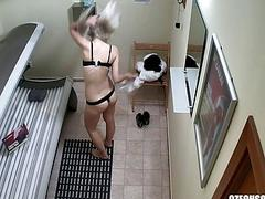 Blonde Teen Cought on Hidden Cam in Public Solariu