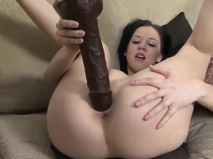 Gorgeous wench pleasures herself with a toy