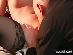 Bitch gets cunt licked by hot dude