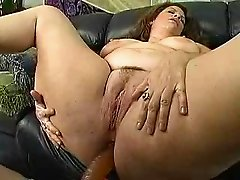 Mature woman with a big ass part 3